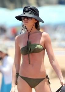 Bikini Candids